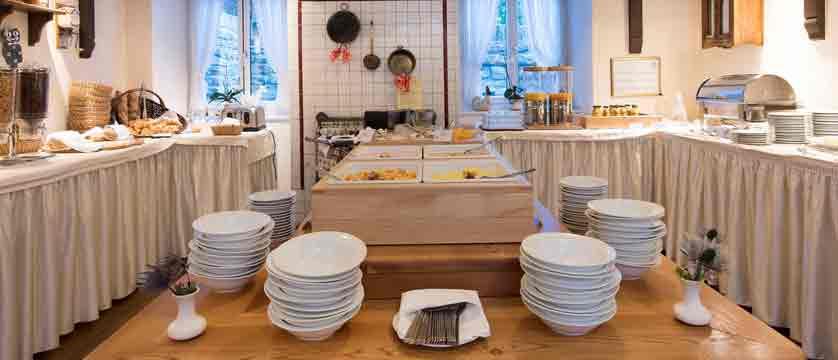 switzerland_saas-fee_hotel-sunstar-beausite_buffet.jpg